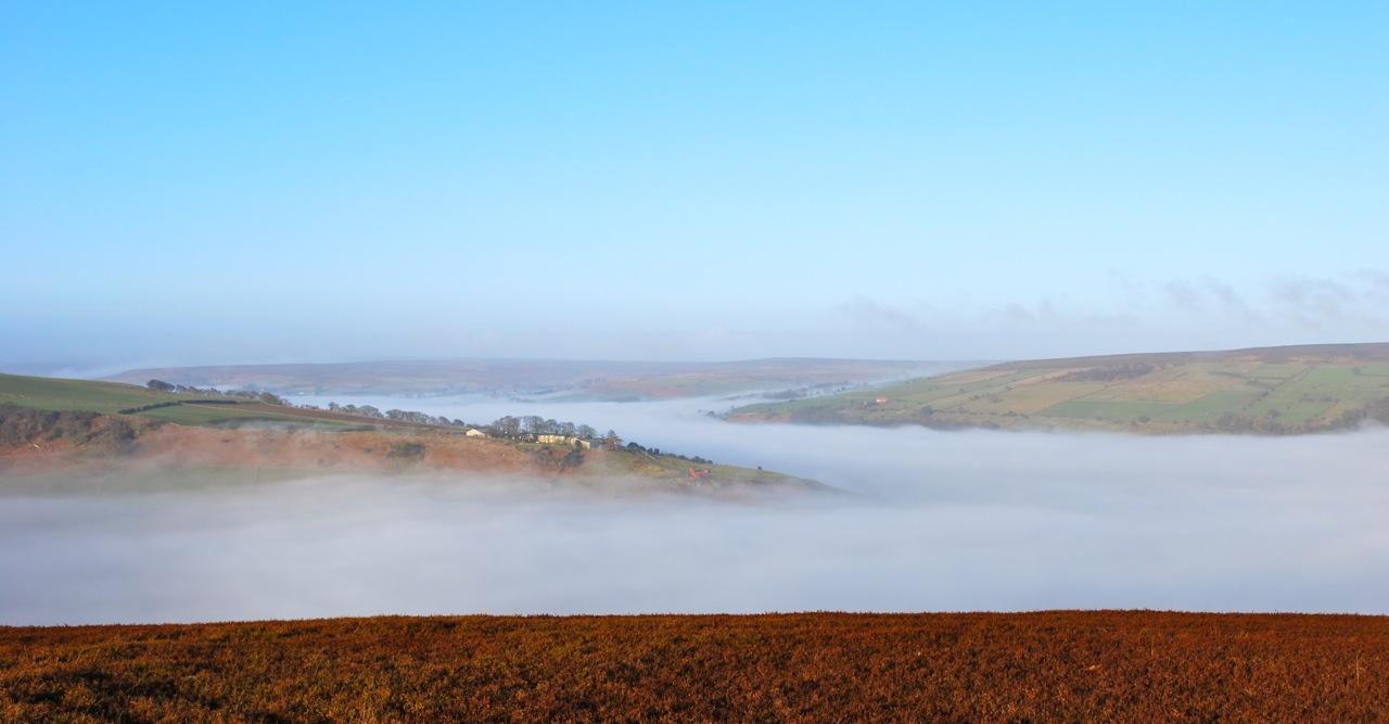 Early mist along the Esk Valley